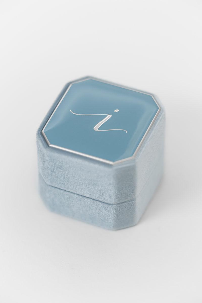 Bark-and-Berry-Grand-Lake-octagon-vintage-wedding-engraved-embossed-enameled-individual-monogram-velvet-ring-box-002