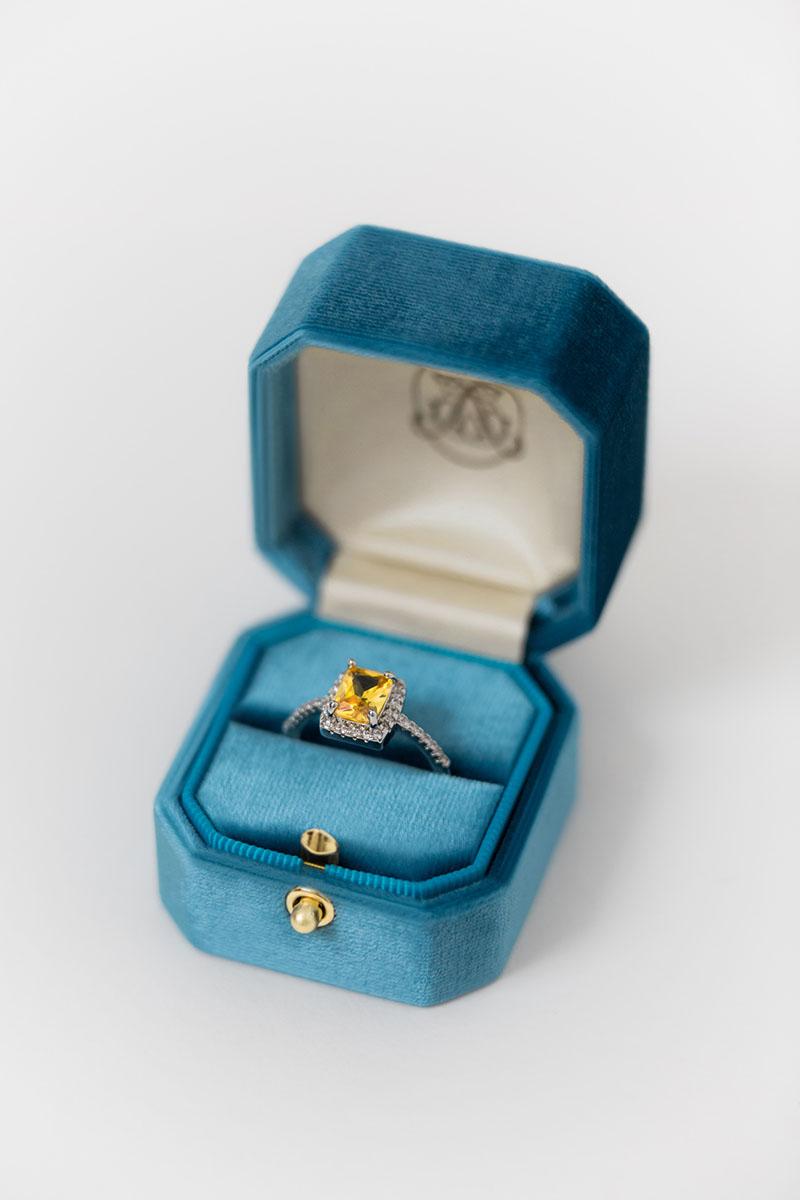 Bark-and-Berry-Grand-Peacock-lock-octagon-vintage-wedding-embossed-engraved-enameled-individual-monogram-velvet-ring-box-001