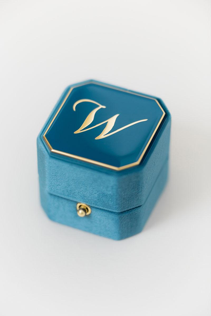 Bark-and-Berry-Grand-Peacock-lock-octagon-vintage-wedding-engraved-embossed-enameled-individual-monogram-velvet-ring-box-001