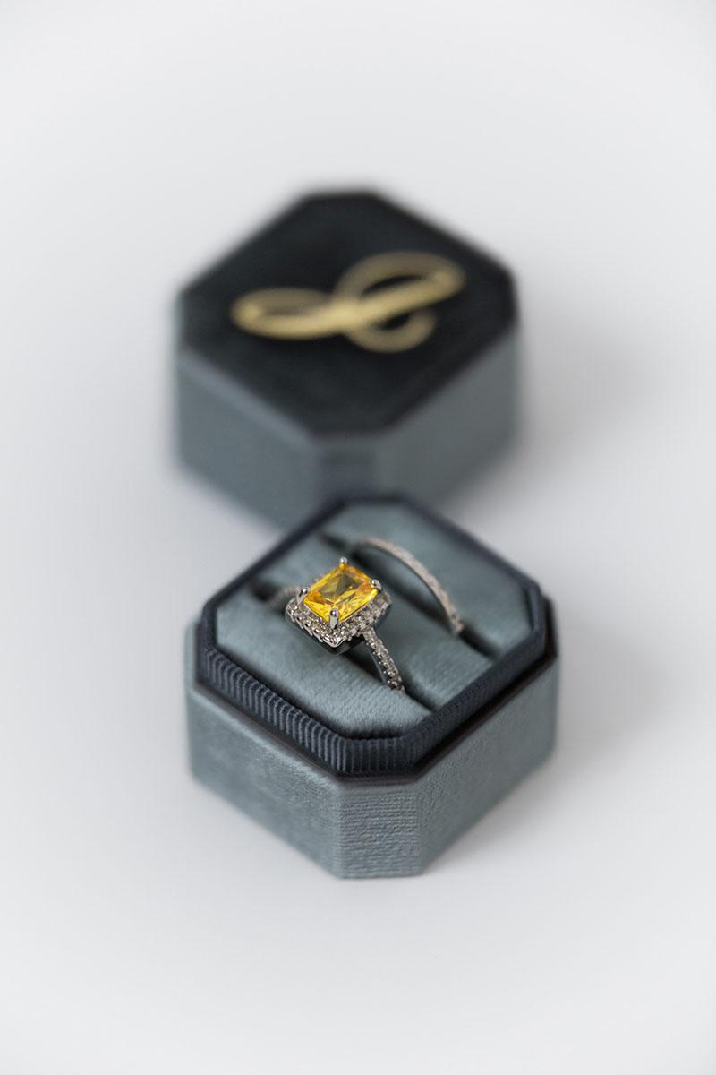 Bark-and-Berry-Petite-Stone-octagon-vintage-wedding-embossed-engraved-enameled-individual-monogram-velvet-ring-box-002