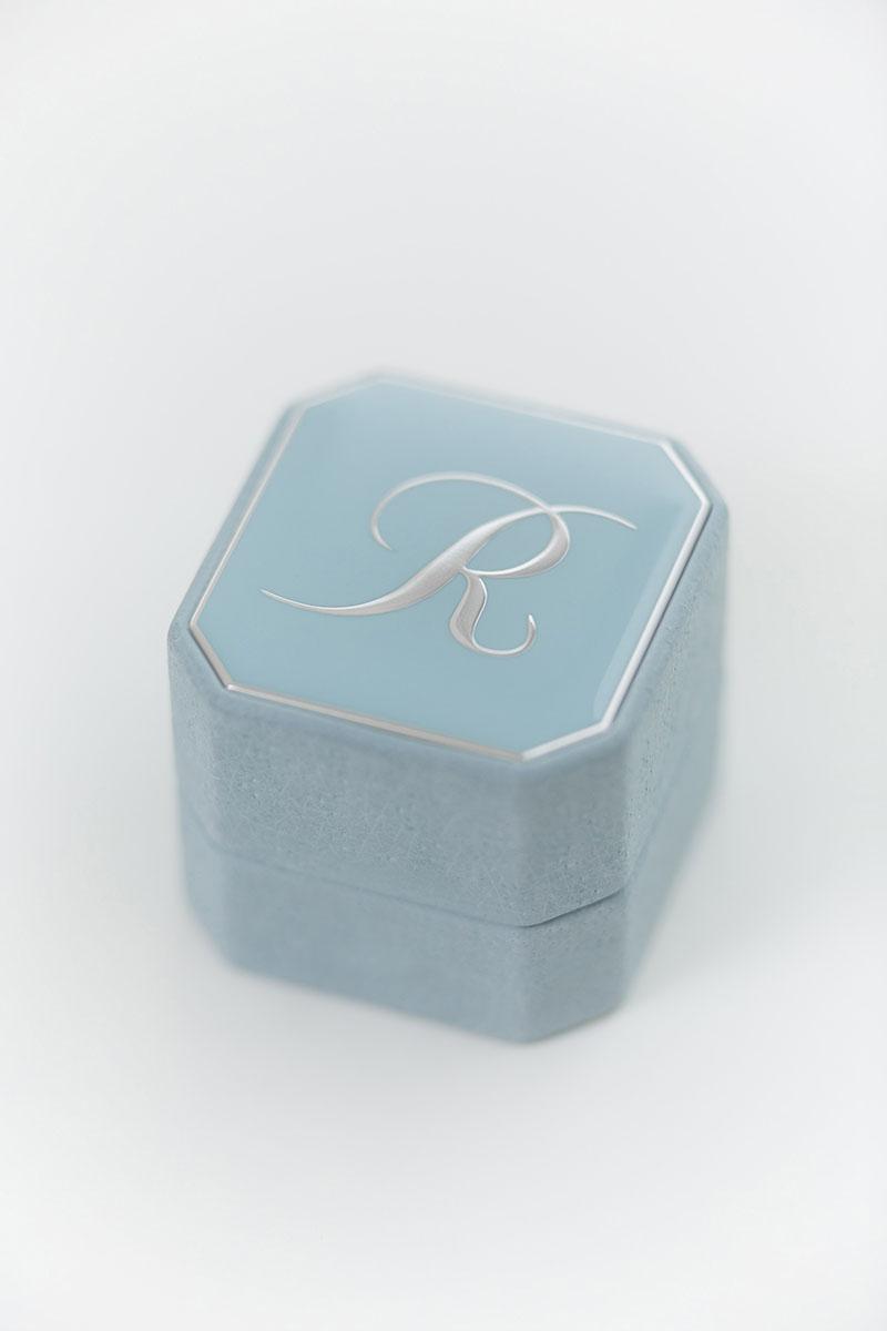 Bark-and-Berry-Grand-Grace-octagon-vintage-wedding-embossed-engraved-enameled-individual-monogram-leather-velvet-ring-box-002