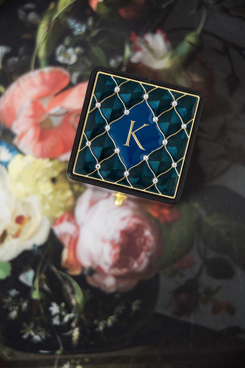 Bark-and-Berry-Grand-Ludovic-XIV-classic-lock-vintage-wedding-embossed-engraved-individual-monogram-velvet-leather-ring-box-enamel-guilloche-swarovski-crystals-006