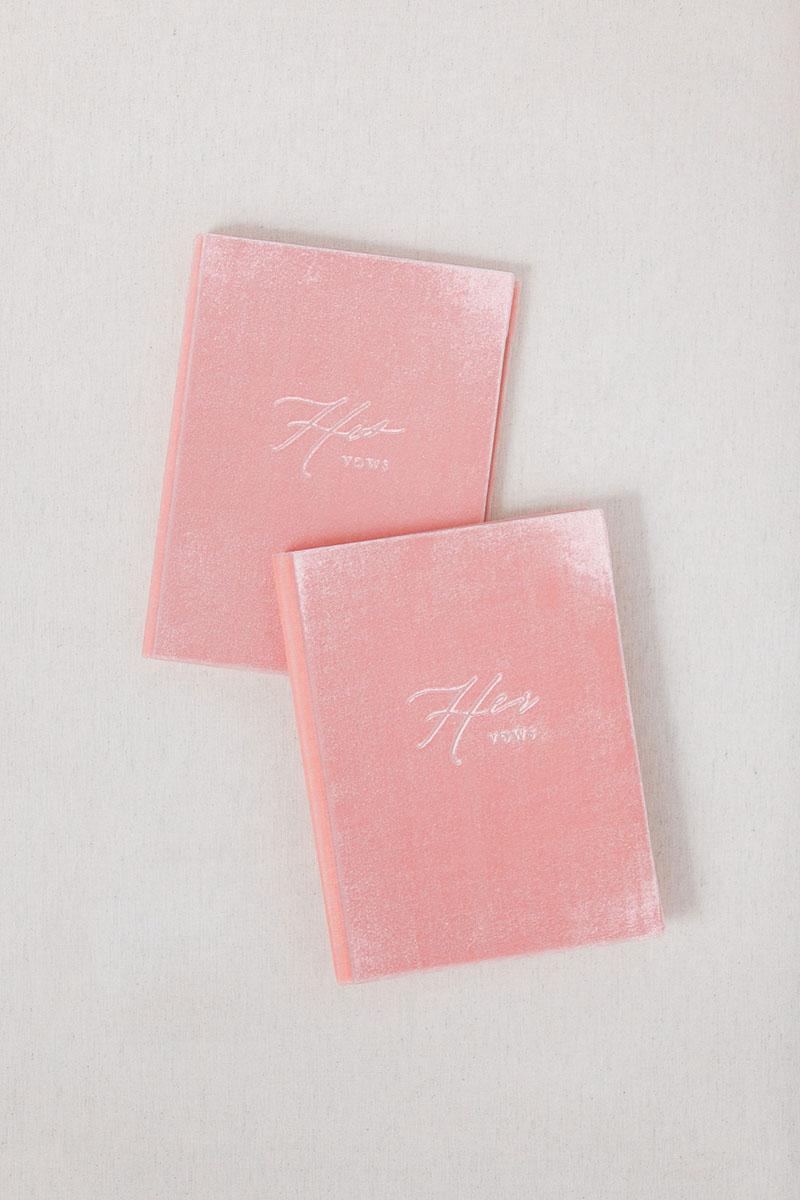 Bark-and-Berry-Blossom-vintage-velvet-wedding-embossed-monogram-vows-book-13х18-001