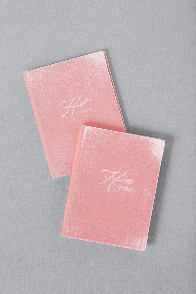 Bark-and-Berry-Blossom-vintage-velvet-wedding-embossed-monogram-vows-book-13х18-004