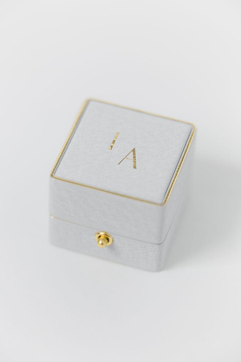 Bark-and-Berry-Grand-Cloud-classic-lock-vintage-wedding-embossed-engraved-enameled-edge-monogram-velvet-leather-ring-box-002