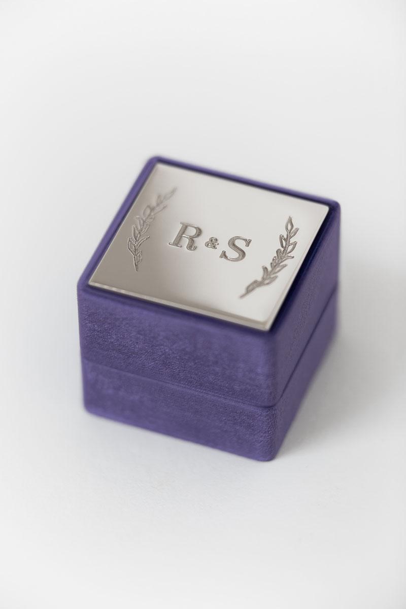 Bark-and-Berry-Grand-Iris-classic-vintage-wedding-engraved-embossed-enameled-individual-monogram-velvet-ring-box-001