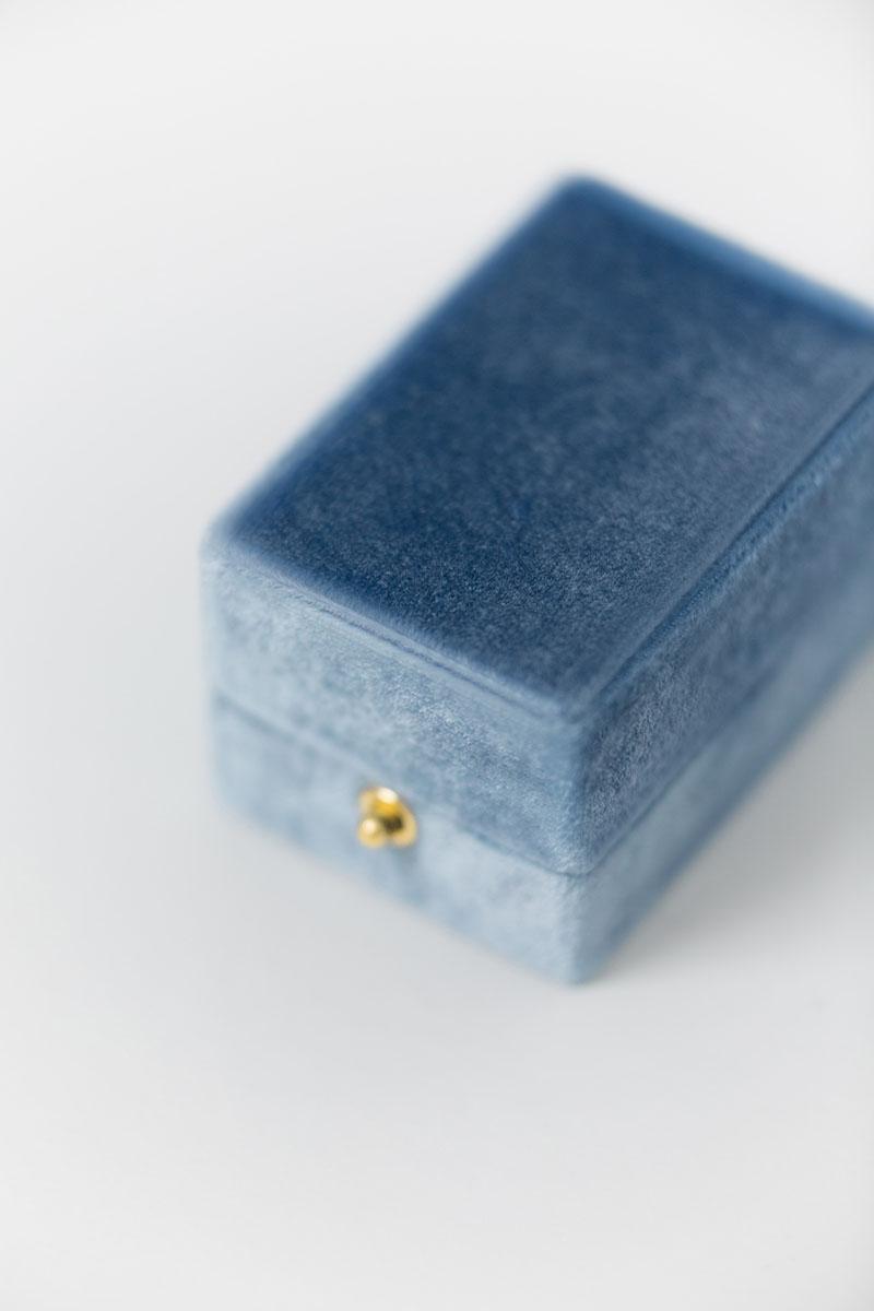 Bark-and-Berry-Oblong-Parisian-lock-vintage-wedding-embossed-engraved-enameled-double-monogram-velvet-earrings-necklace-pendant-bracelet-ring-box-reversible-inner-001