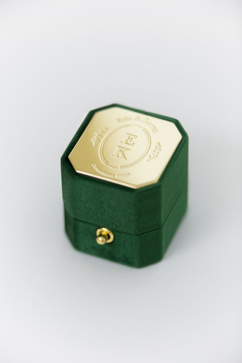 Bark-and-Berry-Petite-Eden-lock-octagon-vintage-wedding-engraved-embossed-enameled-individual-monogram-velvet-ring-box-001