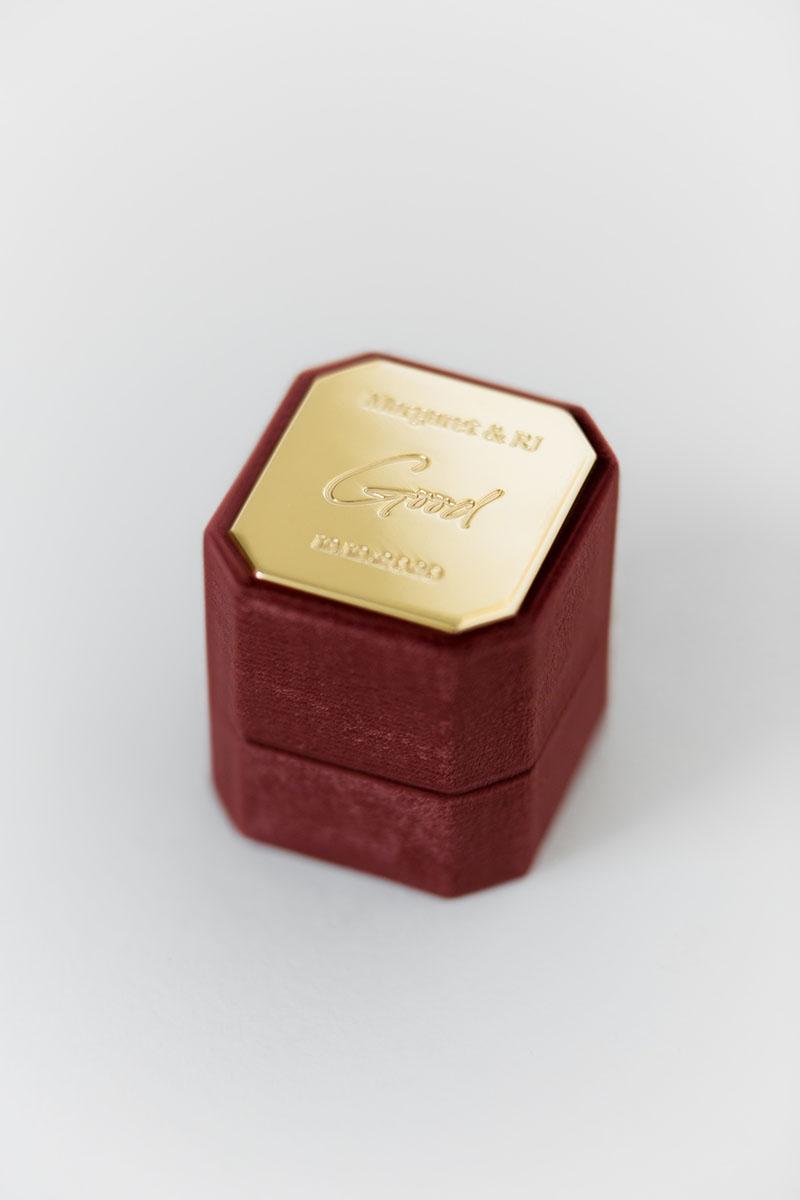 Bark-and-Berry-Petite-Wine-octagon-vintage-wedding-embossed-engraved-enameled-individual-monogram-velvet-ring-box-001