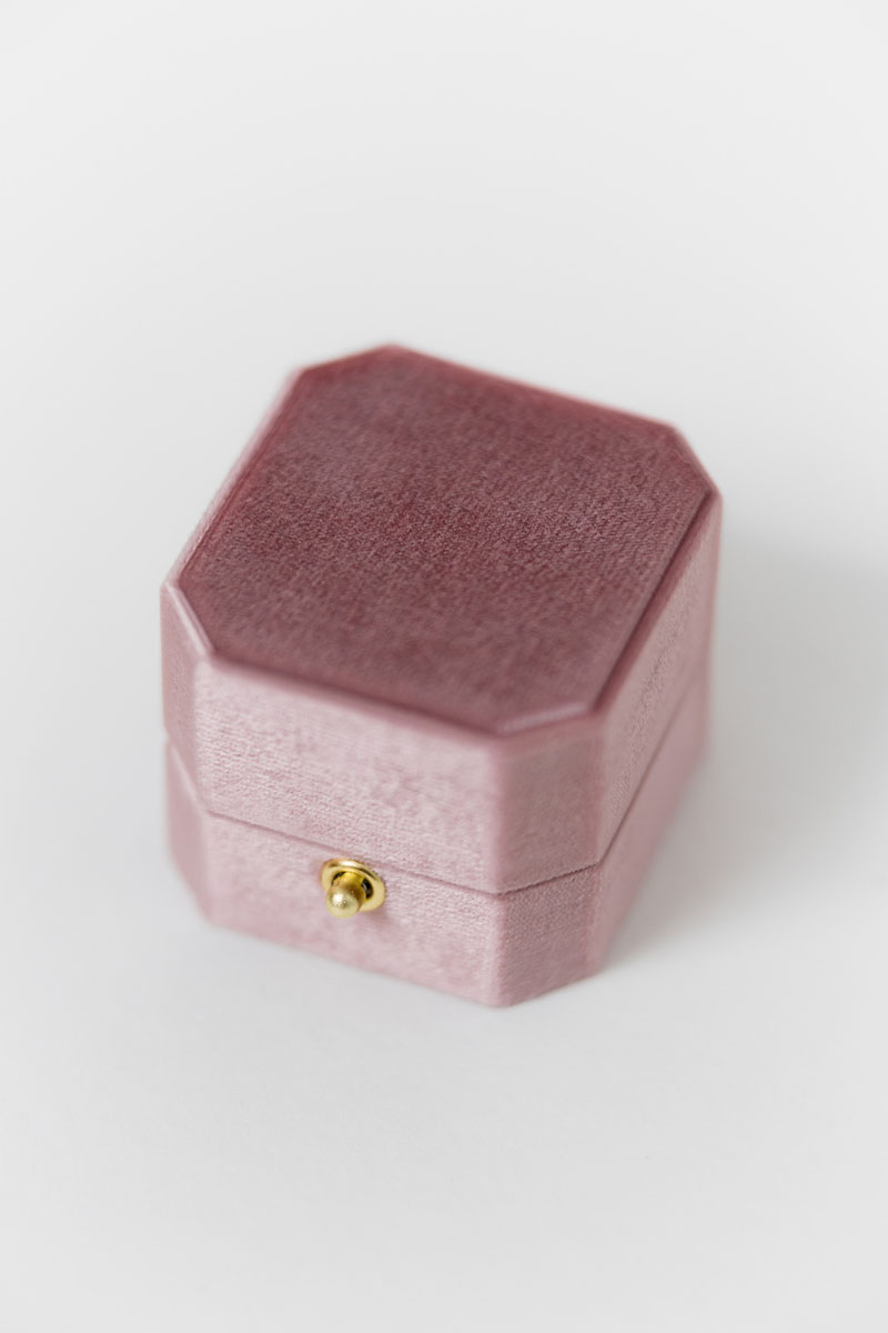 Bark-and-Berry-Grand-Vintage-Rose-lock-octagon-vintage-wedding-embossed-engraved-enameled-individual-monogram-velvet-ring-box-002