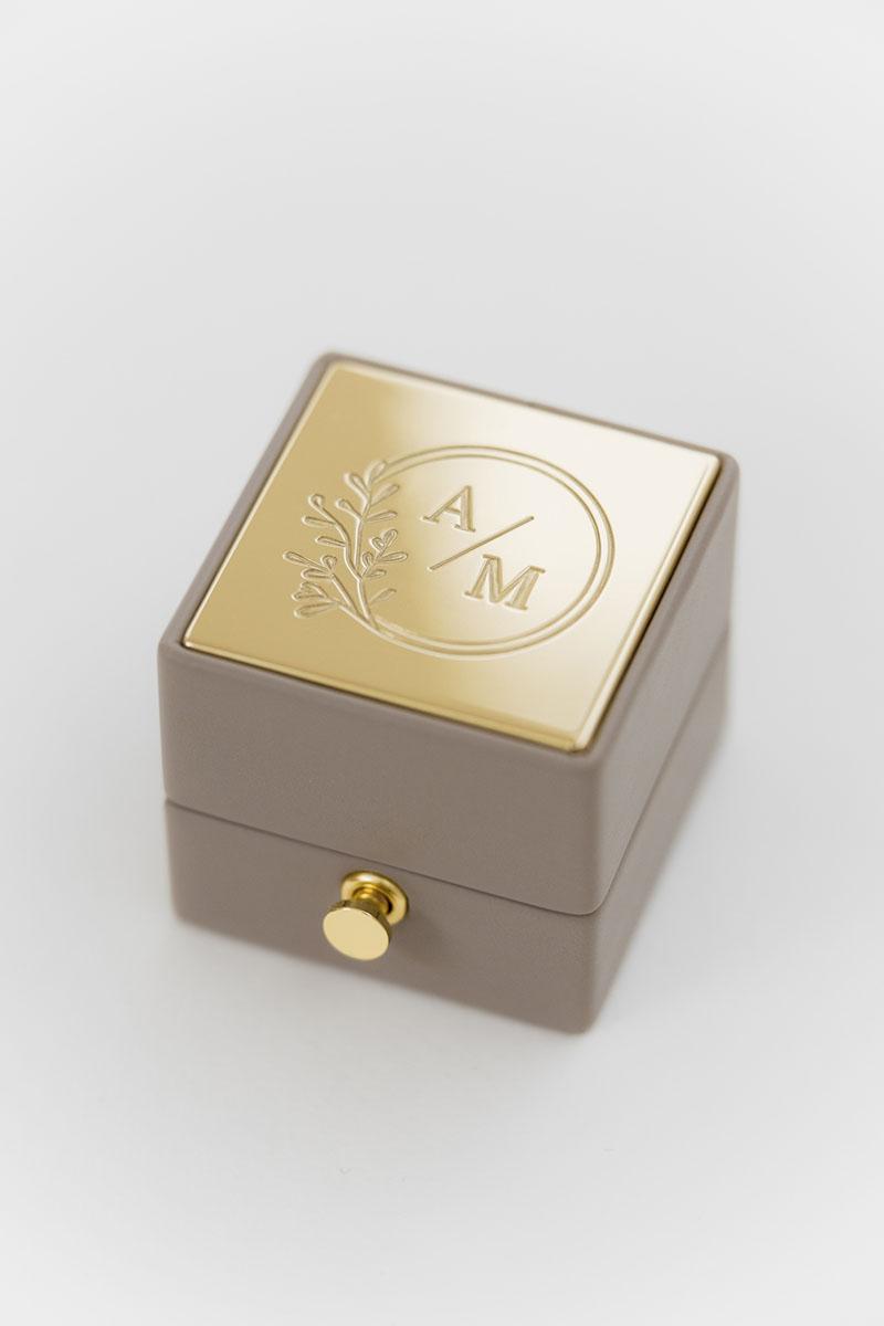Bark-and-Berry-Grand-Antoinette-classic-lock-vintage-wedding-embossed-engraved-enameled-monogram-velvet-leather-double-single-slot-ring-box-002