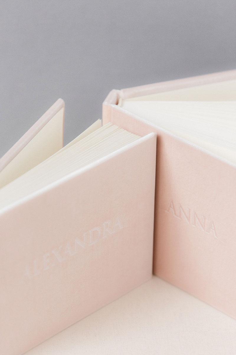Bark-and-Berry-Blush-vintage-velvet-wedding-embossed-monogram-guest-book-photoalbum-21x15-120-003