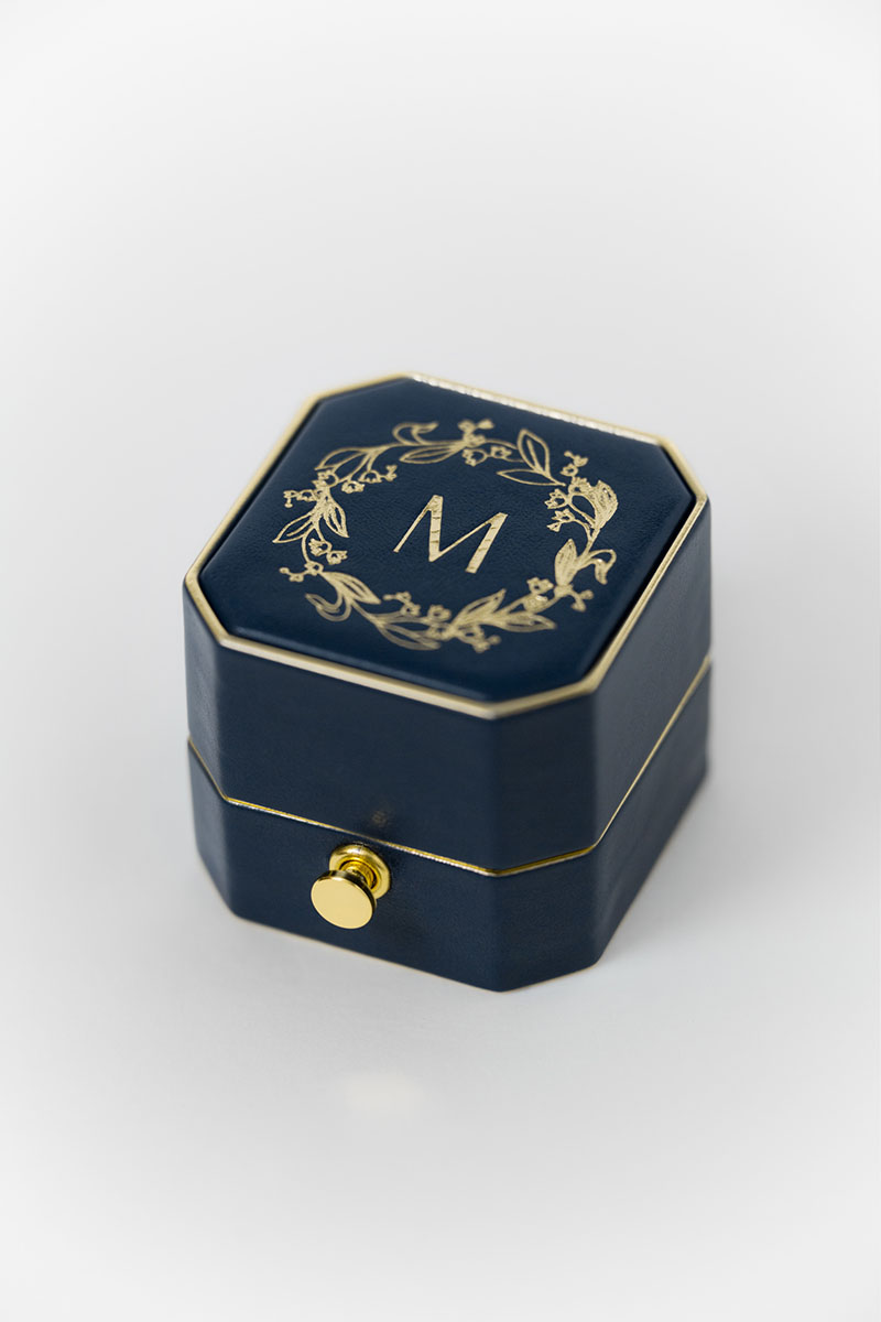 Bark-and-Berry-Grand-Nicholas-lock-octagon-vintage-wedding-embossed-edge-engraved-enameled-individual-monogram-leather-velvet-ring-box-002