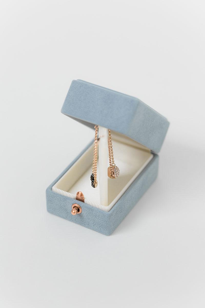 Bark-and-Berry-Oblong-Grace-vintage-wedding-embossed-engraved-enameled-monogram-velvet-suede-earrings-necklace-pendant-bracelet-ring-box-003