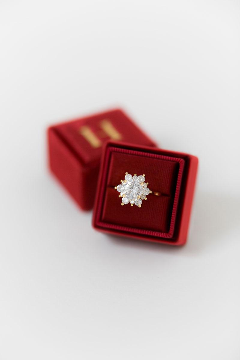 Bark-and-Berry-Petite-Garnet-classic-vintage-wedding-embossed-engraved-enameled-individual-monogram-velvet-ring-box-001