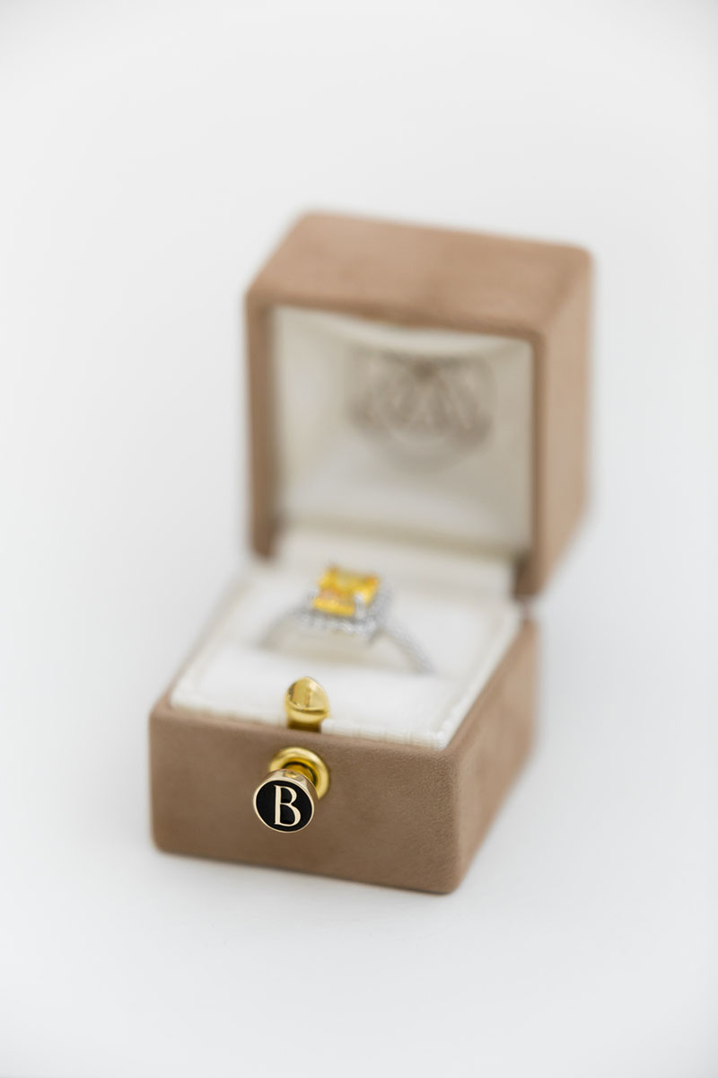 Bark-and-Berry-Petite-Peanut-classic-vintage-engraved-lock-wedding-embossed-enameled-individual-monogram-velvet-suede-ring-box-002