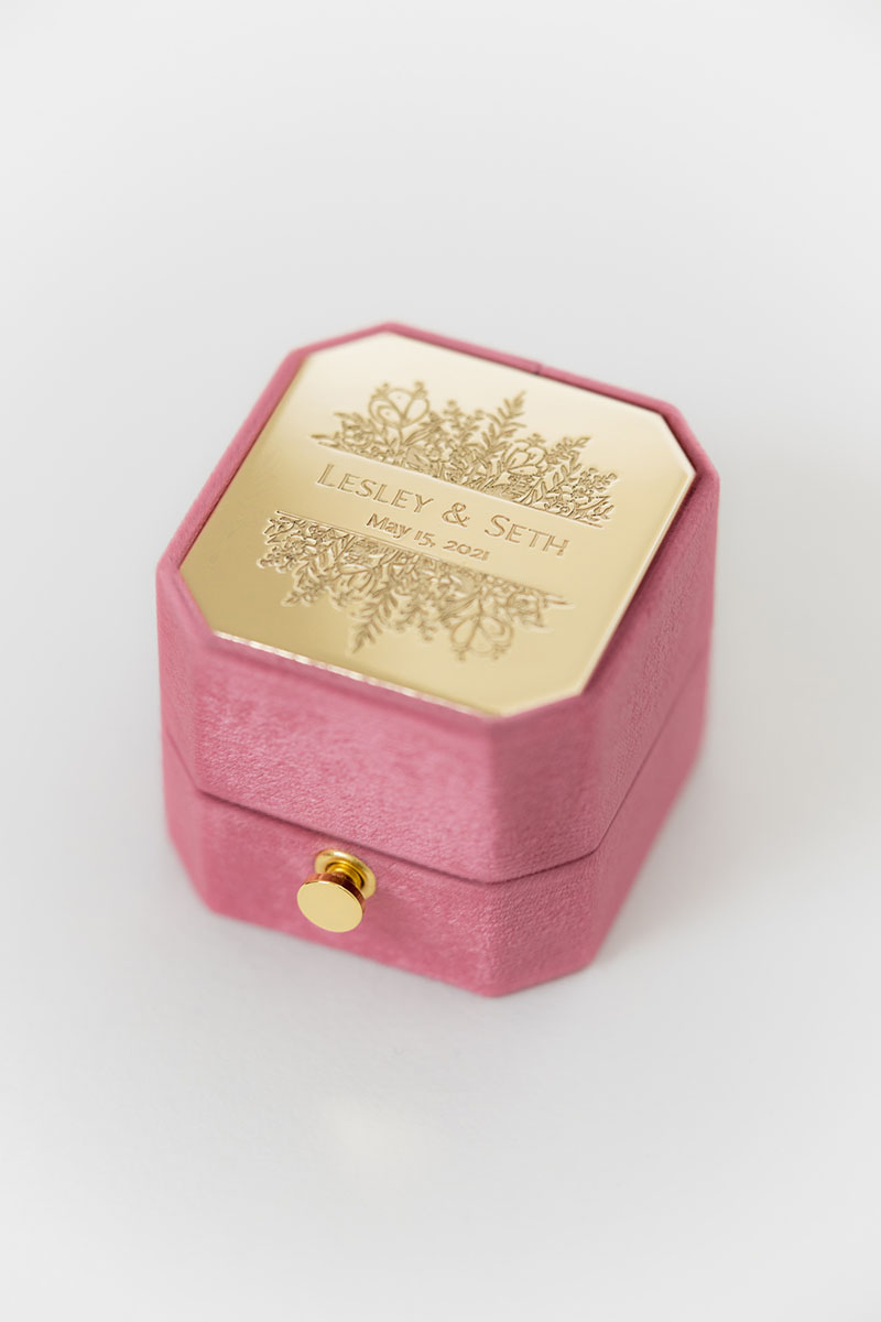 Bark-and-Berry-Grand-Berry-lock-octagon-vintage-wedding-engraved-embossed-enameled-individual-monogram-velvet-ring-box-001