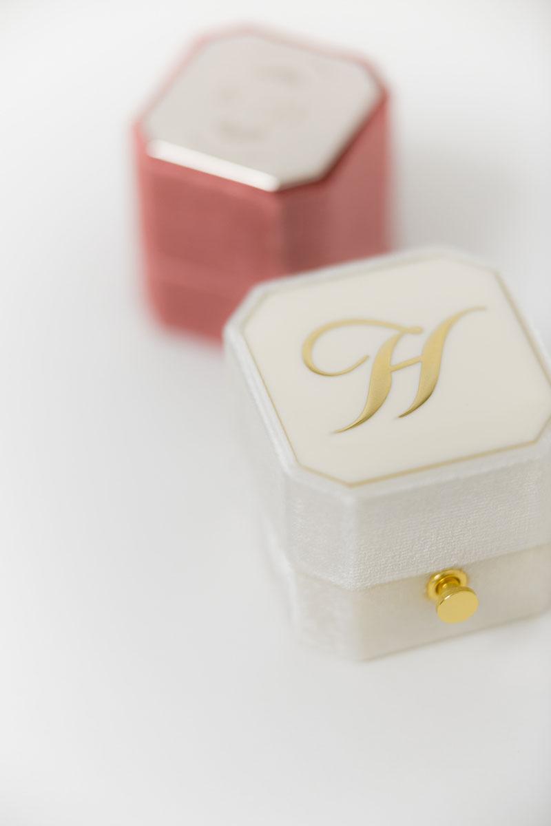 Bark-and-Berry-Grand-Ivory-lock-Petite-Dusty-Cedar-octagon-vintage-wedding-engraved-embossed-enameled-individual-monogram-velvet-ring-box-001