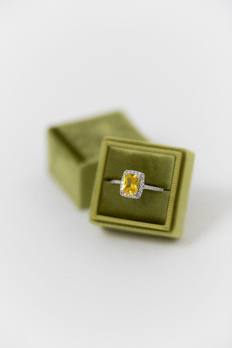 Bark-and-Berry-Petite-Olive-classic-vintage-wedding-embossed-engraved-enameled-individual-monogram-velvet-ring-box-001