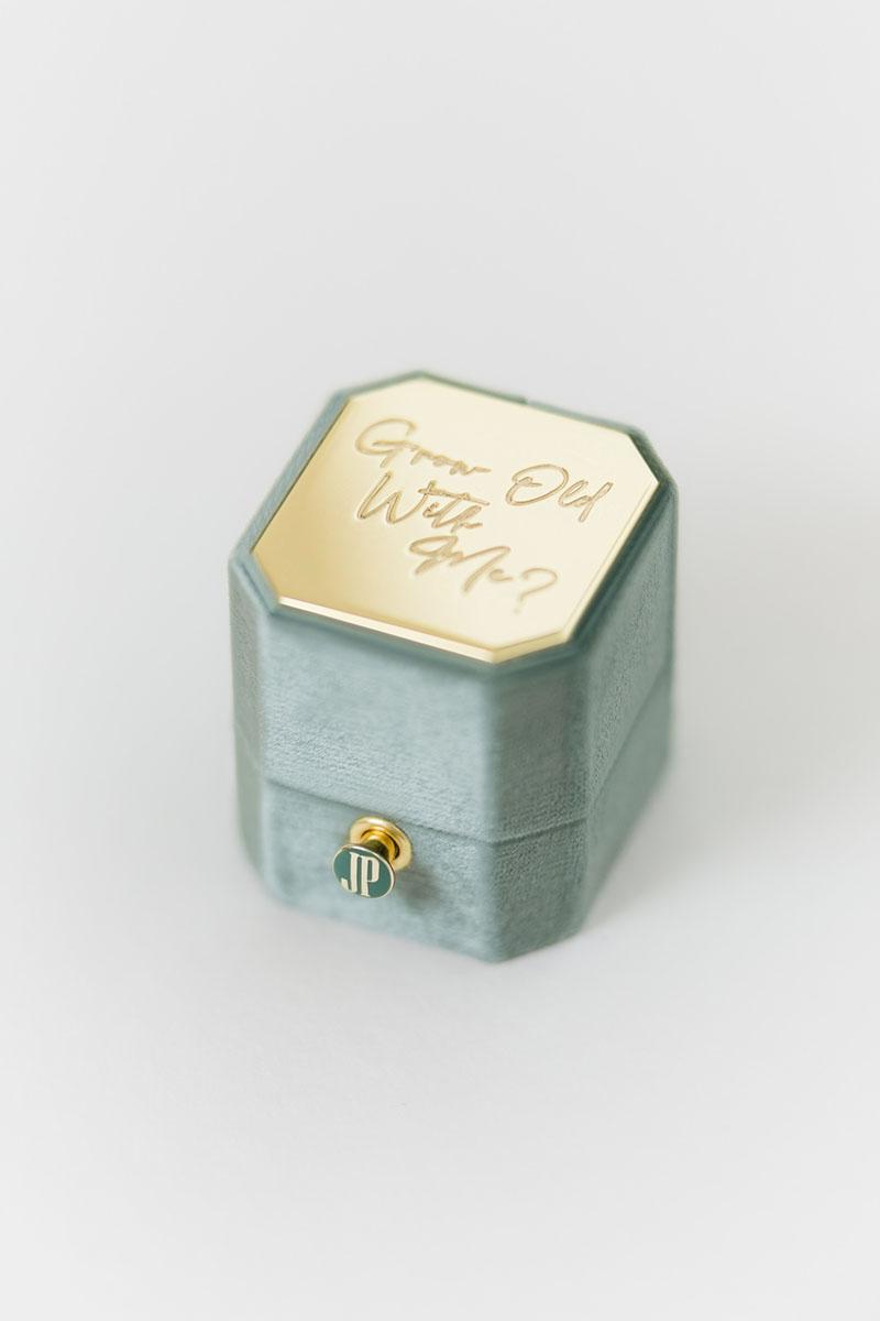 Bark-and-Berry-Petite-Spruce-octagon-vintage-engraved-lock-wedding-embossed-enameled-individual-monogram-velvet-ring-box-001