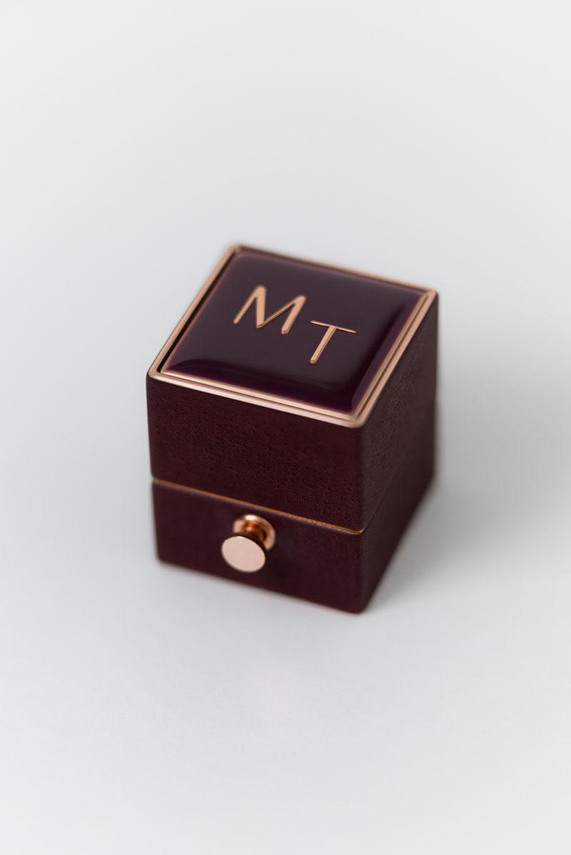 Bark-and-Berry-Victoria-petite-classic-lock-vintage-wedding-embossed-engraved-enameled-monogram-velvet-leather-ring-box-001