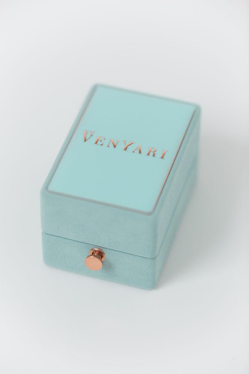 Bark-and-Berry-Oblong-Lagune-vintage-wedding-embossed-engraved-enameled-monogram-suede-velvet-jewelry-earrings-necklace-pendant-bracelet-ring-box-reversible-inner-001