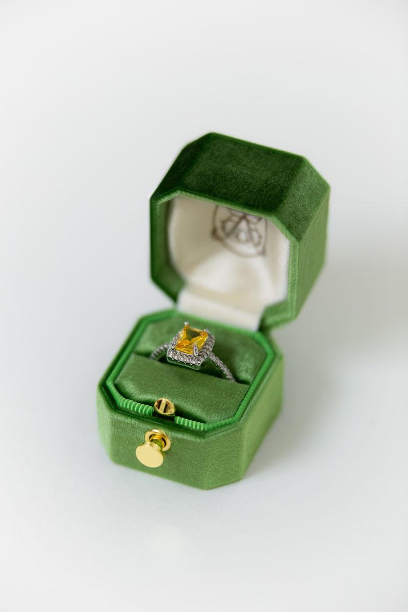Bark-and-Berry-Petite-Forest-lock-octagon-vintage-wedding-embossed-engraved-enameled-monogram-velvet-ring-box-001