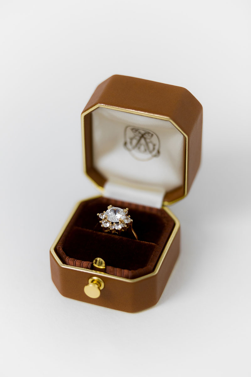 Bark-and-Berry-Grand-Alix-lock-octagon-vintage-wedding-embossed-edge-engraved-enameled-individual-monogram-leather-velvet-ring-box-001