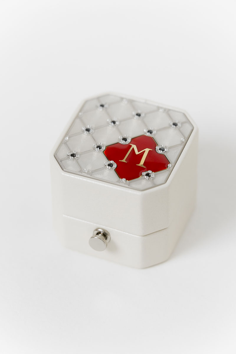 Bark-and-Berry-Grand-Pearl-lock-octagon-vintage-wedding-embossed-engraved-enameled-monogram-leather-velvet-ring-box-guilloche-swarovski-crystals-001