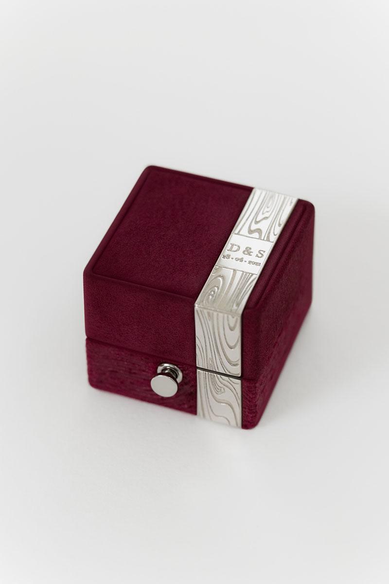 Bark-and-Berry-Grand-Ruby-classic-vintage-wedding-embossed-engraved-enameled-individual-monogram-suede-velvet-ring-box-001